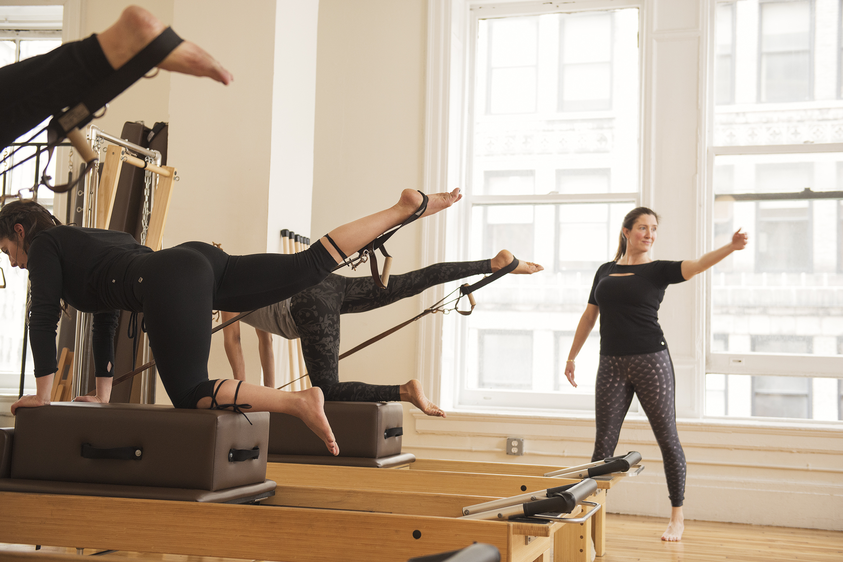Our New Reformer Barre Class! Reinventing the Barre Workout ...